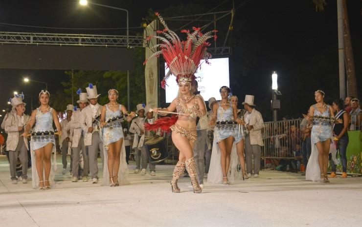 Por primera vez los carnavales barriales cuentan con un examen sobre cultura general