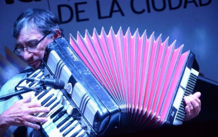La Peña Oficial de la Ciudad brindará un homenaje a Ramona Galarza