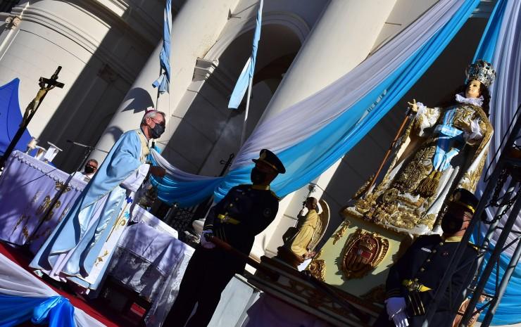 El viceintendente Emilio Lanari participó de la Misa Central en honor a Nuestra Señora de la Merced