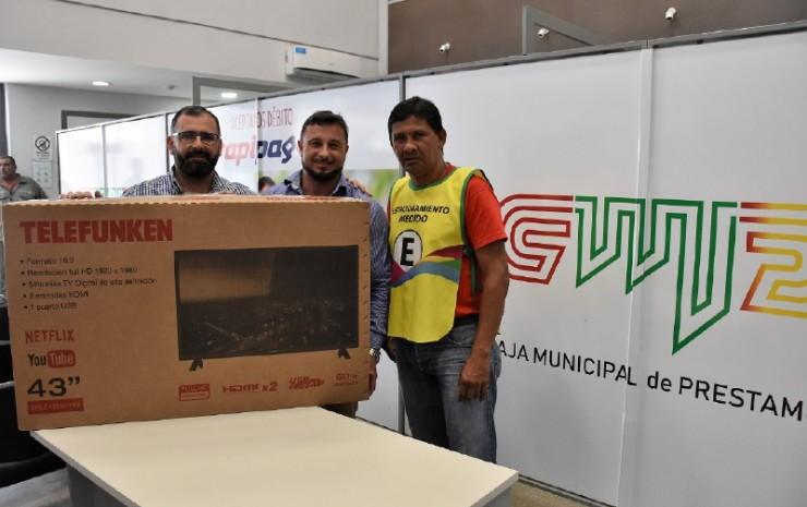La Municipalidad premió a un tarjetero del barrio San Martín