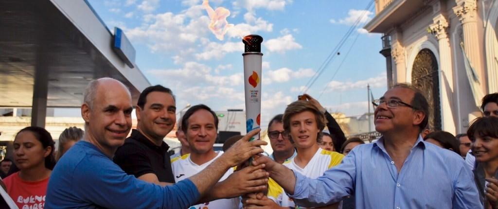 La llama olímpica recorrió la ciudad