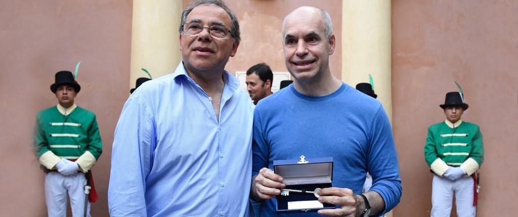 Tassano entregó a Horacio Rodríguez Larreta la llave de la Ciudad